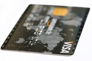 Boursorama Banque : faut-il se laisser tenter par la carte Visa Ultim ?
